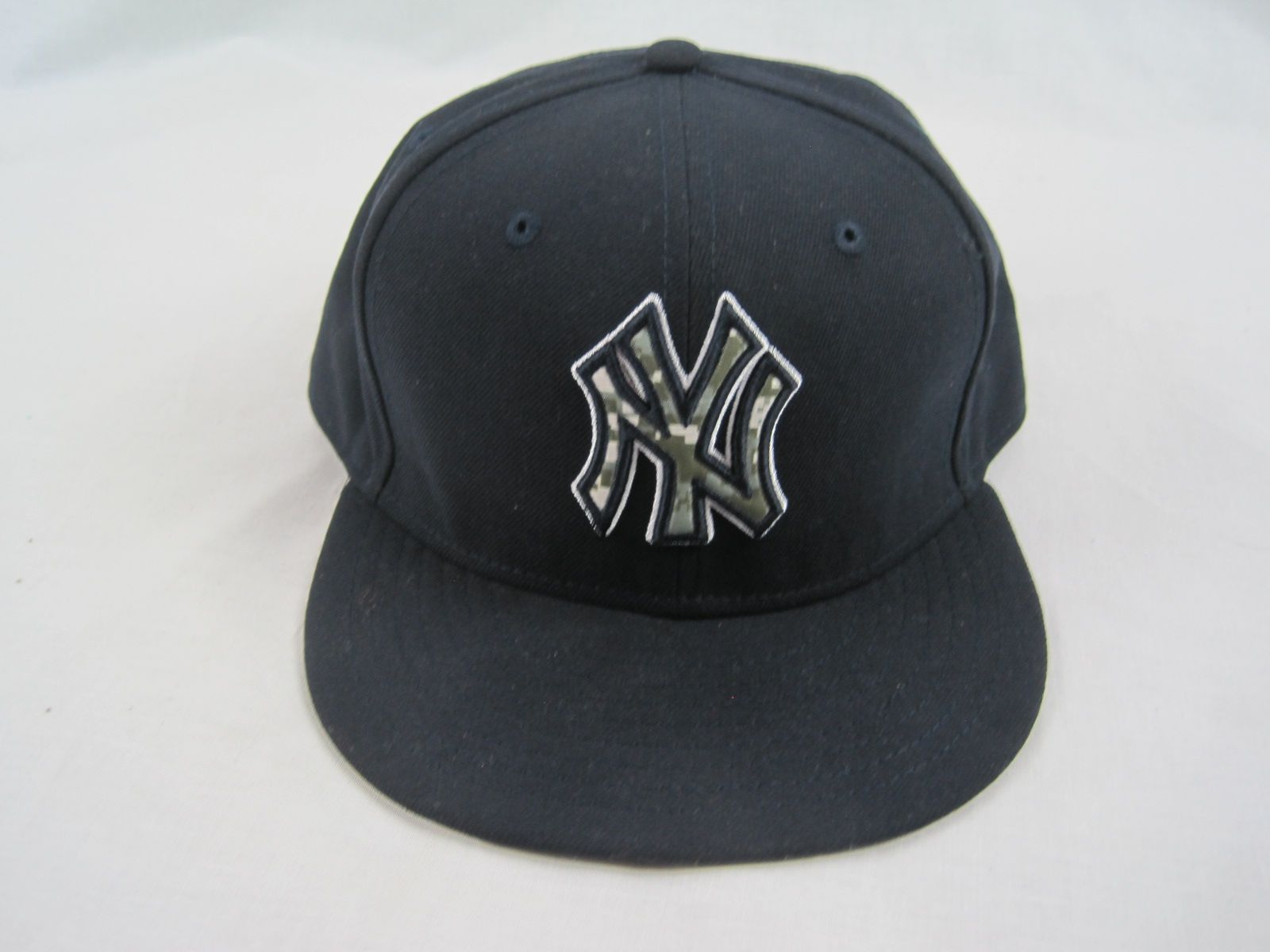 78203c66448d1 Russell Martin New York Yankees Memorial Day Hat w Light Use Steiner   MLB  Authentication ...