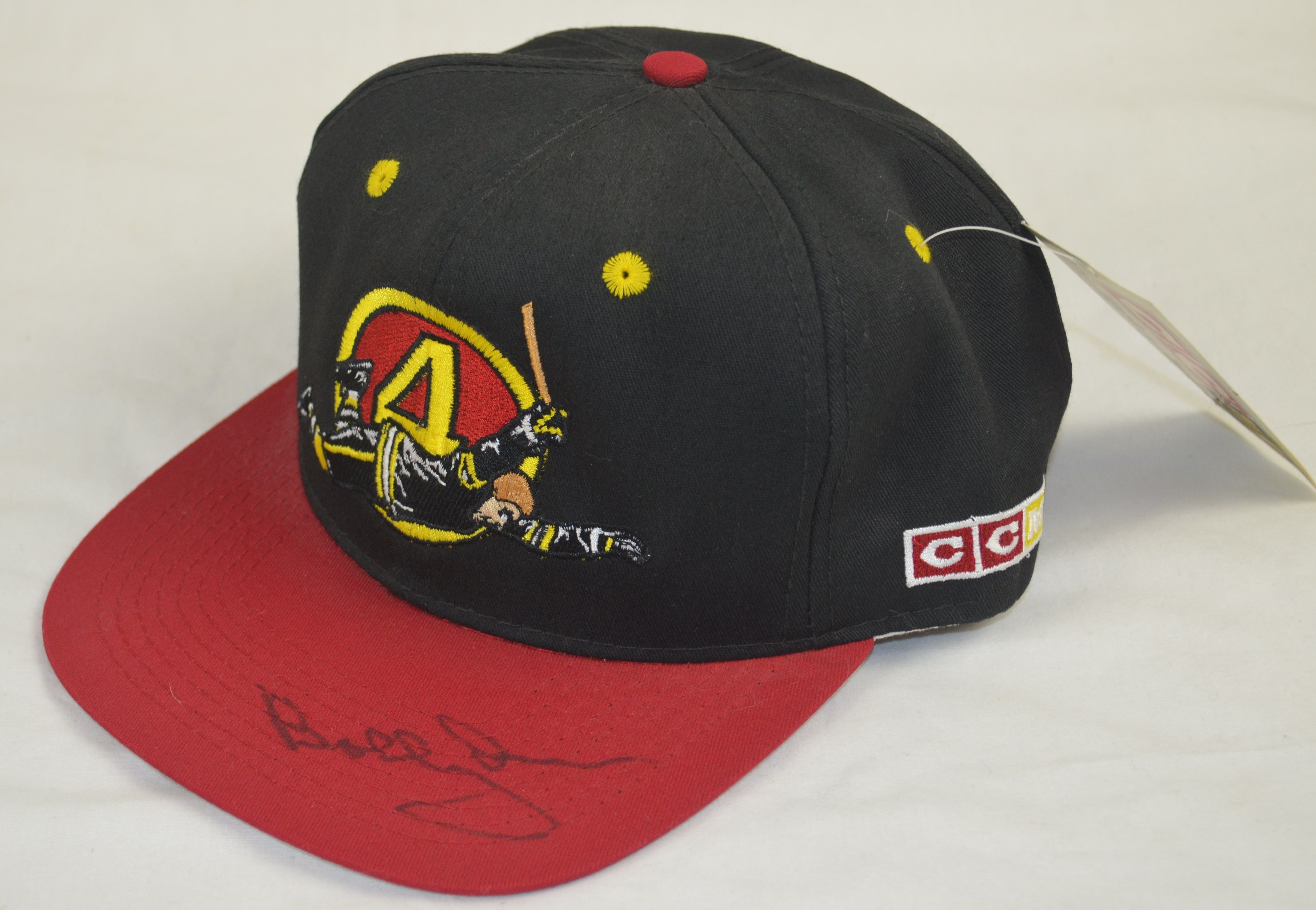 33db0fd0474a19 Lot Detail - Bobby Orr Autographed Boston Bruins Hat