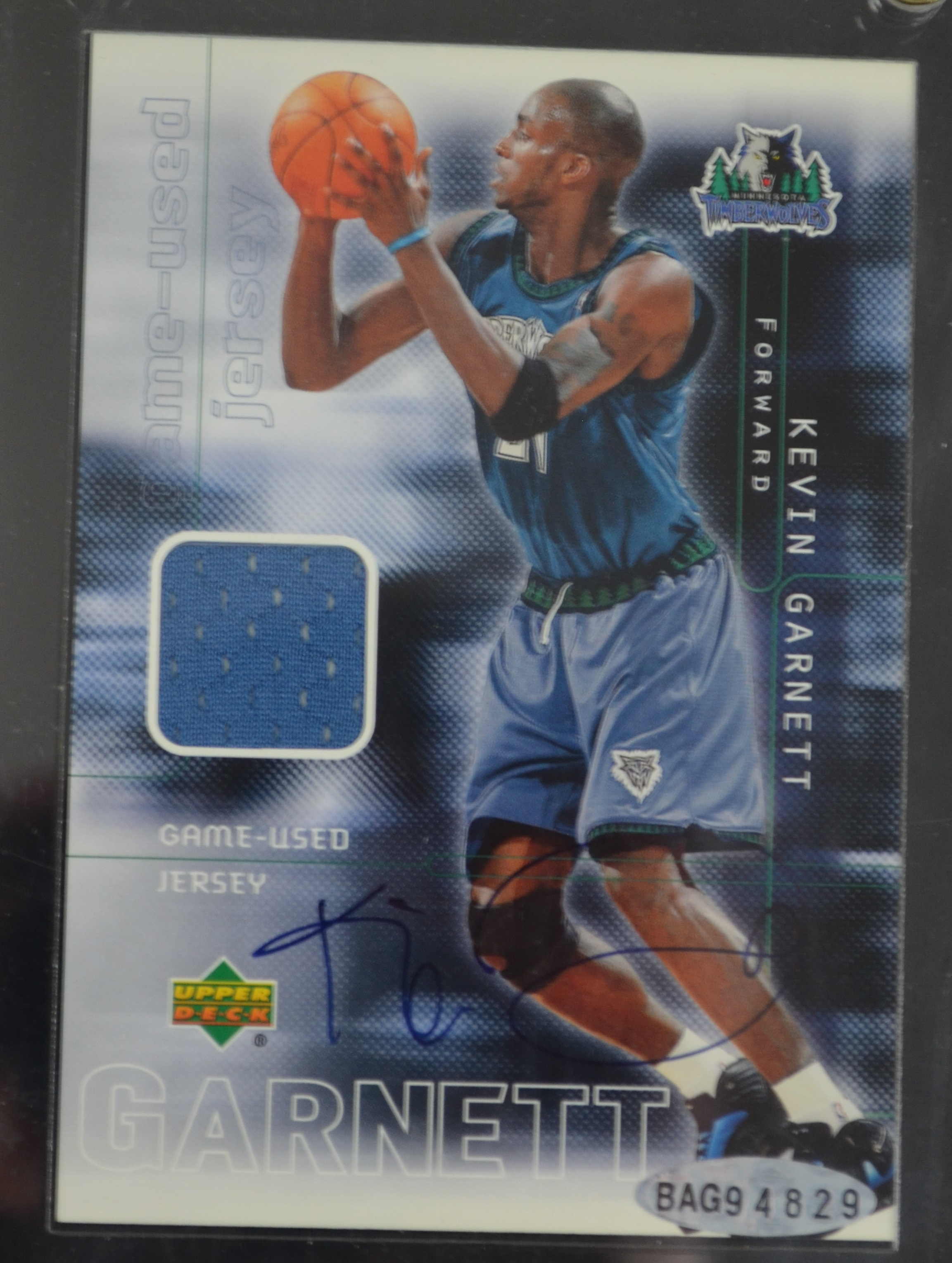 online store e6c94 e0ccb Lot Detail - Kevin Garnett Autographed Upper Deck Game Used ...