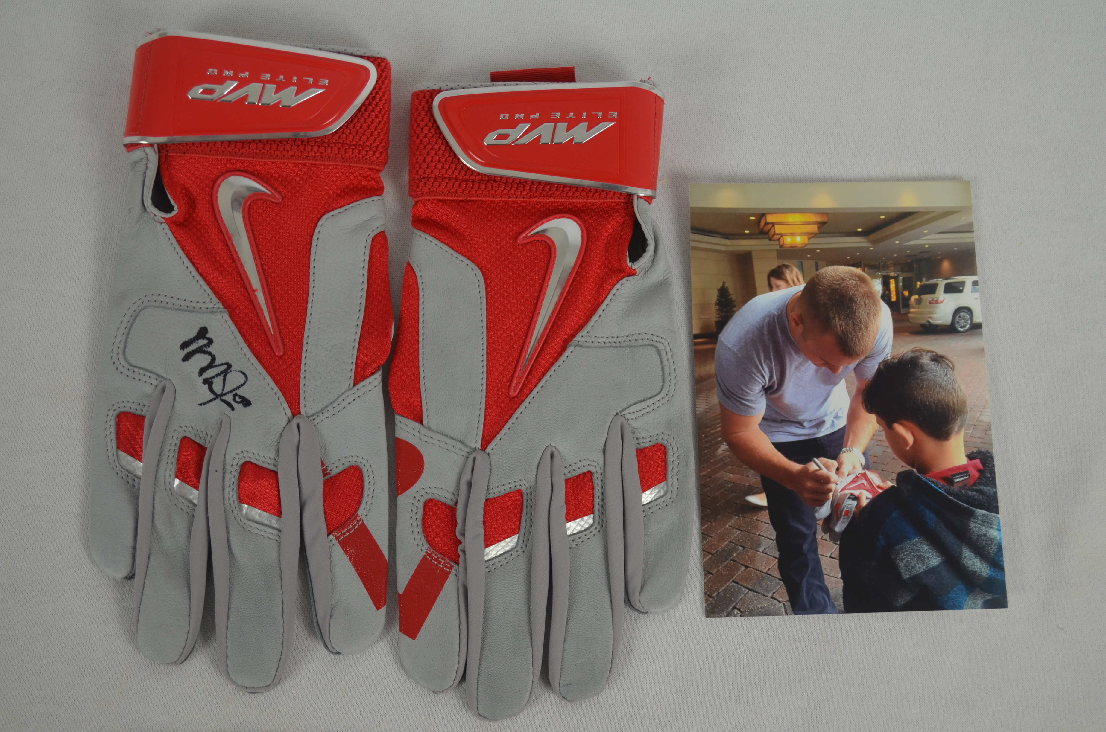Mike Trout Autographed Pair Nike MVP Batting Gloves ...