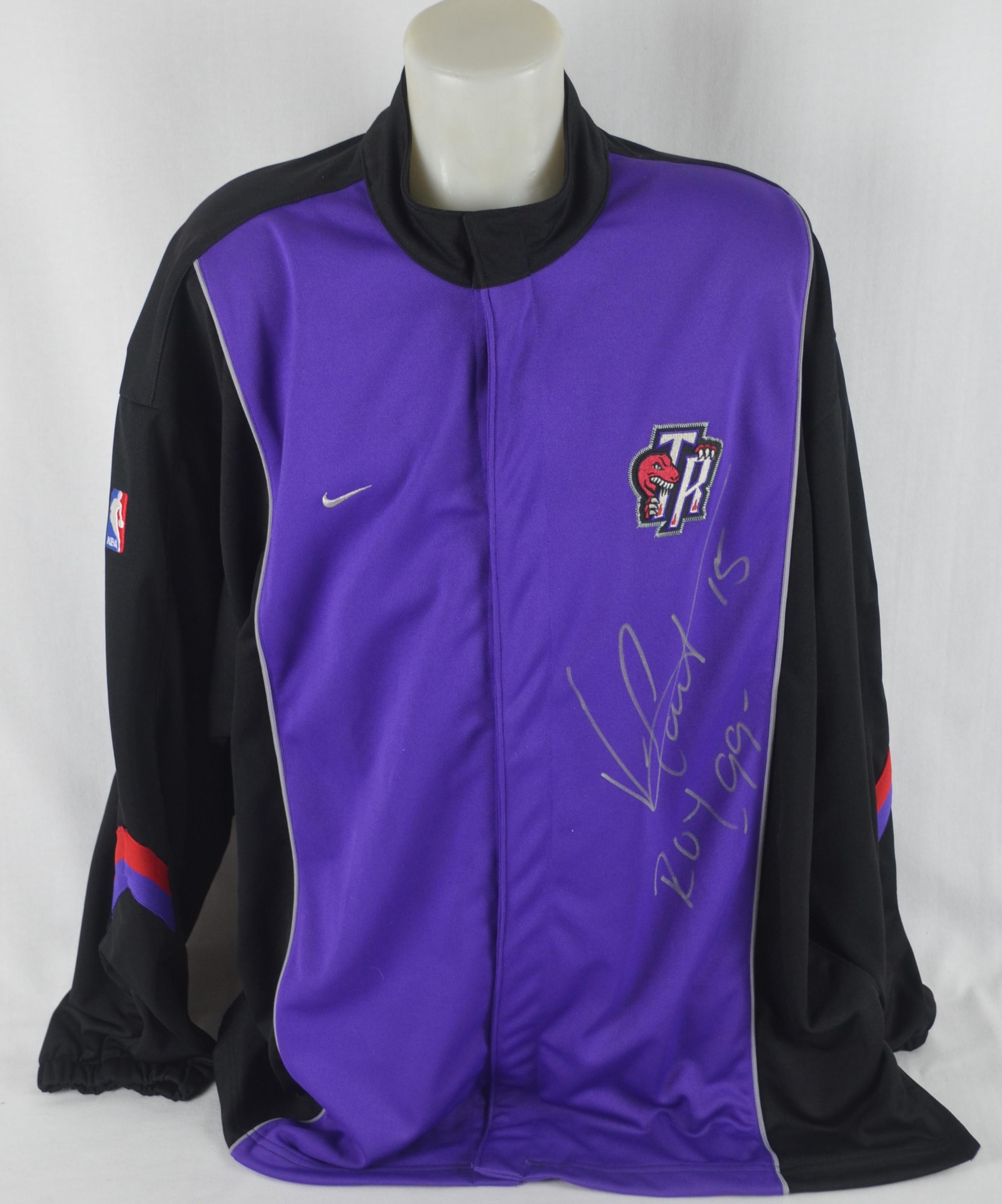 half off ecdf4 8f3ff Lot Detail - Vince Carter Autographed & Inscribed '99 ROY ...