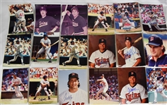 Collection of 29 Minnesota Twins Autographed 8x10 Photos & Magazines