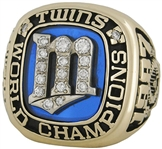 "Enrique ""Hank"" Izquierdo 1987 Minnesota Twins World Series Championship Ring w/Original Box & Team Provenance"